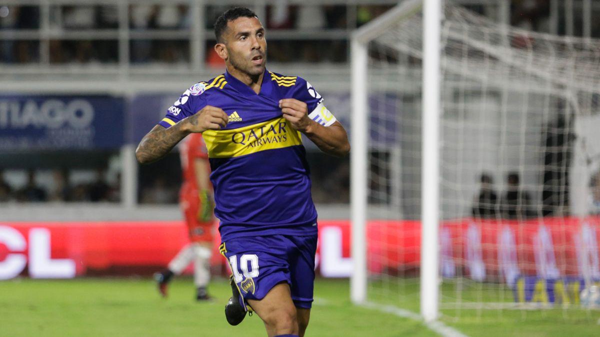 Carlos Tevez anunció que donará el sueldo de Boca.