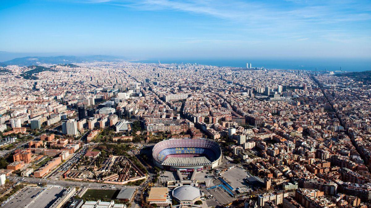 El club Barcelona reportó dos casos de coronavirus en su staff.