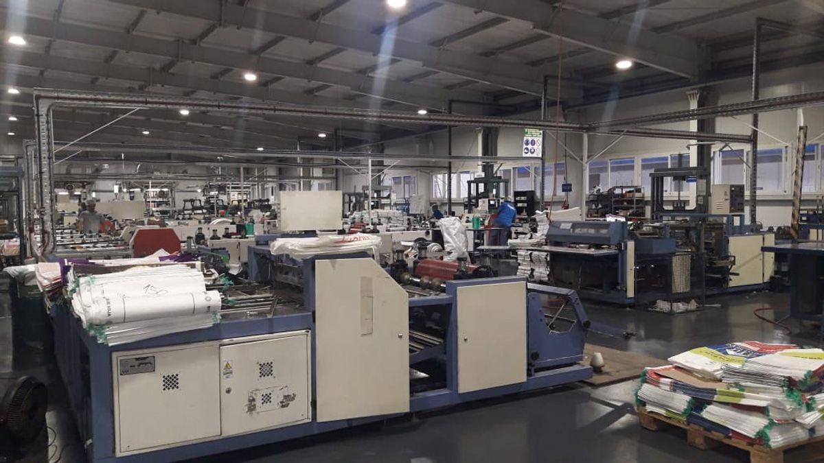En Leones controlaron que las industrias cumplan con las medidas preventivas.