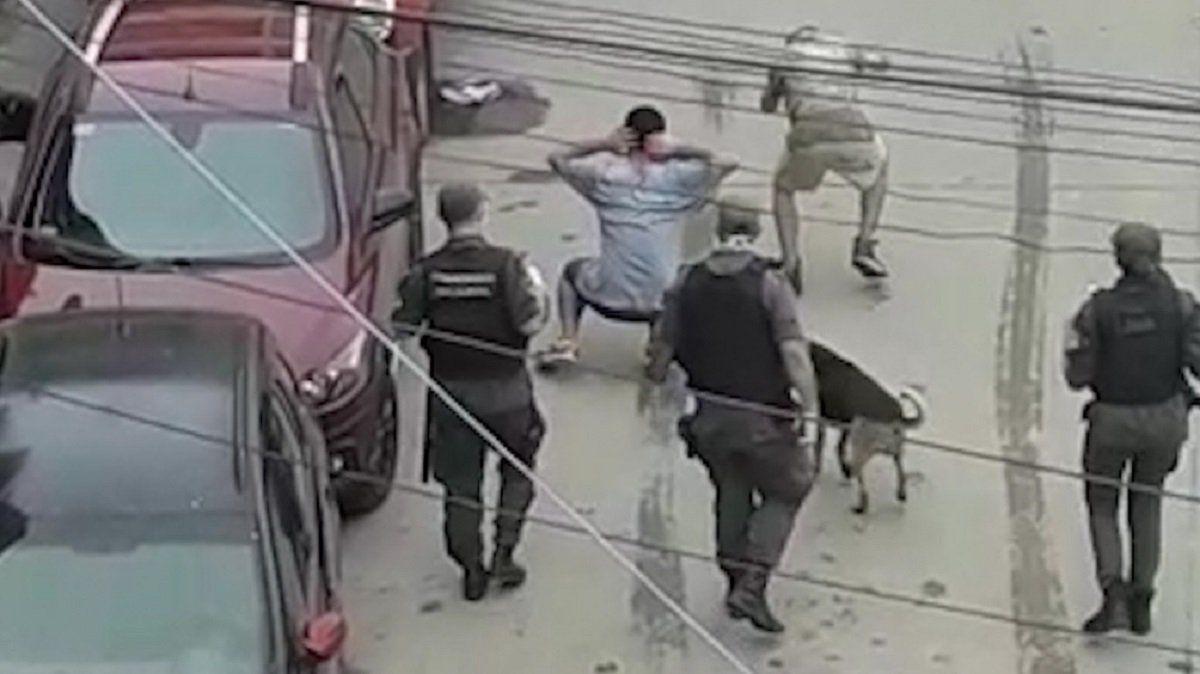 Separaron de sus cargos a tres gendarmes que hicieron abuso de autoridad contra dos jóvenes en la Villa 1-11-14.