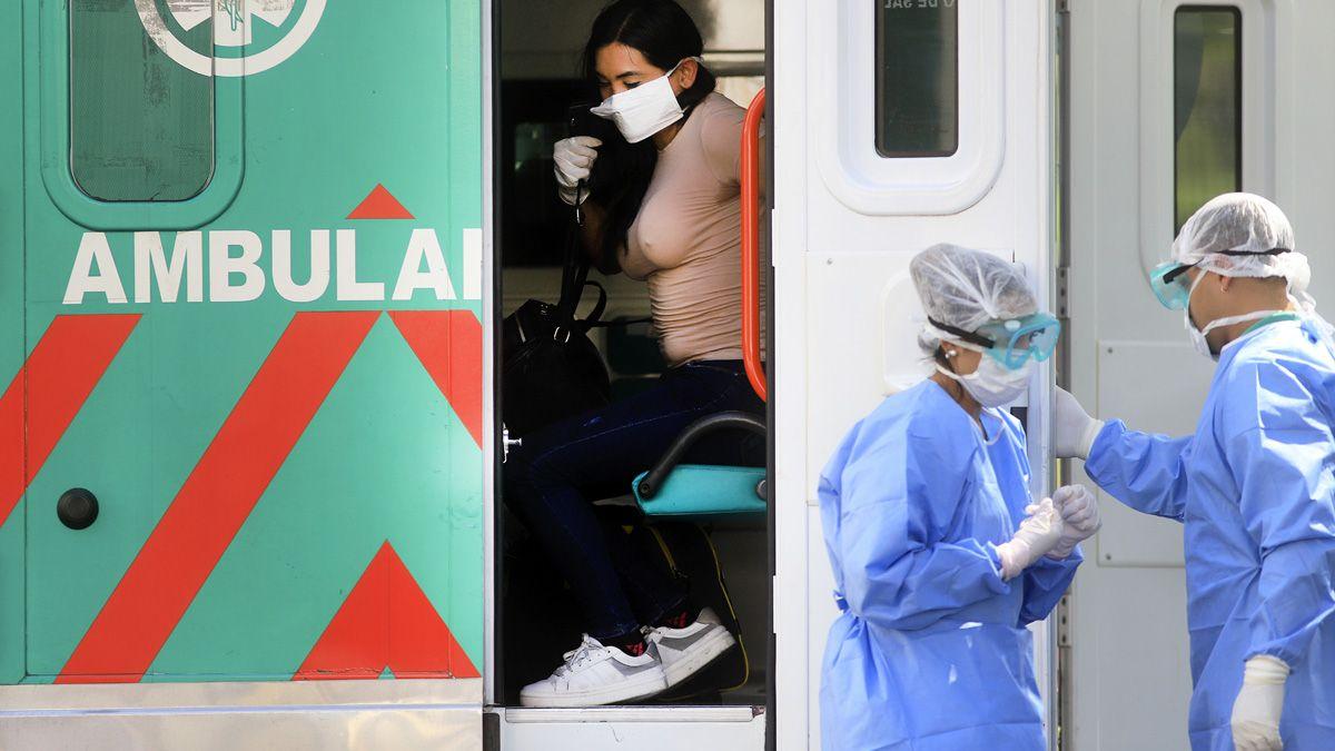 Confirman 81 casos nuevos y tres muertes por coronavirus