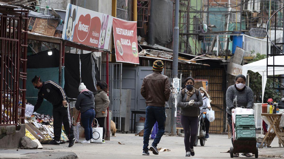 La Ciudad de Buenos Aires ya detectó 1.877 casos en barrios vulnerables.