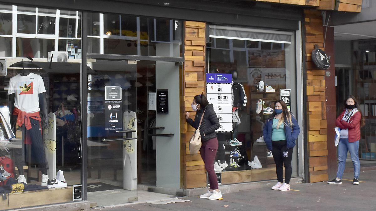 El Gobierno otorga excepciones en siete municipios bonaerenses y en Mendoza