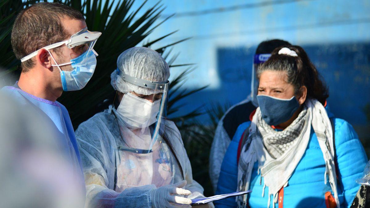 El Ministerio de Salud de la Nación aumentó a 11.910 la cifra de fallecidos por coronavirus.