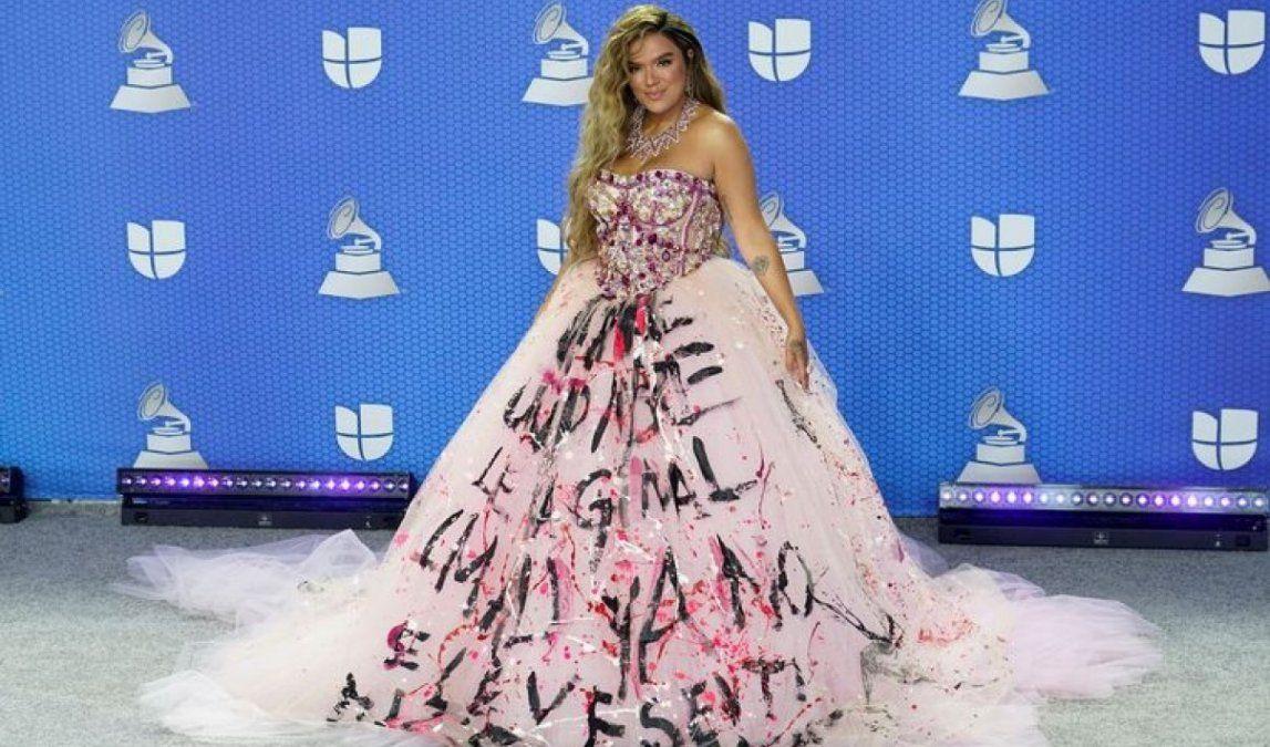 Karol G en la alfombra roja de los Latin Grammy 2020