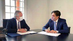 El presidente de la Nación, Alberto Fernández, se reunió esta mañana con el ministro de Educación, Nicolás Trotta, a los efectos de analizar la situación de la presencialidad cuidada en todo el territorio argentino.