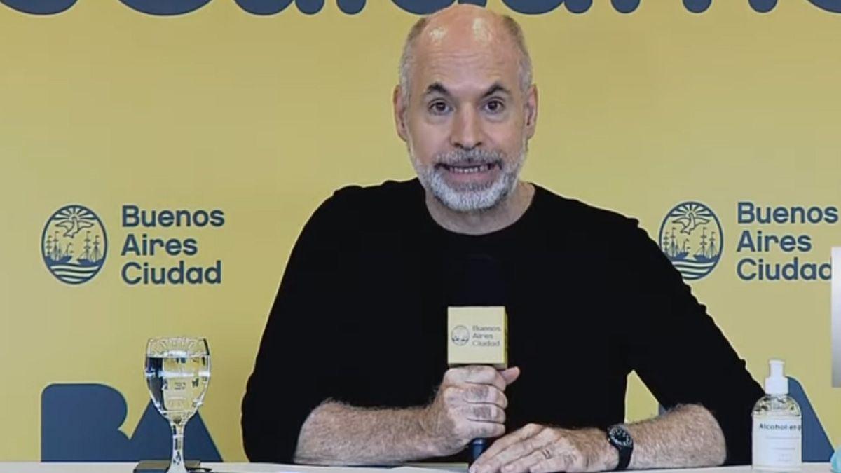 Horacio Rodríguez Larreta comunicó la adhesión a las nuevas medidas sanitarias.
