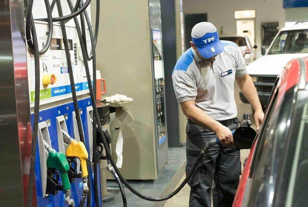 Los combustibles subieron 6% en promedio y acumulan un 50% desde el mes de agosto.