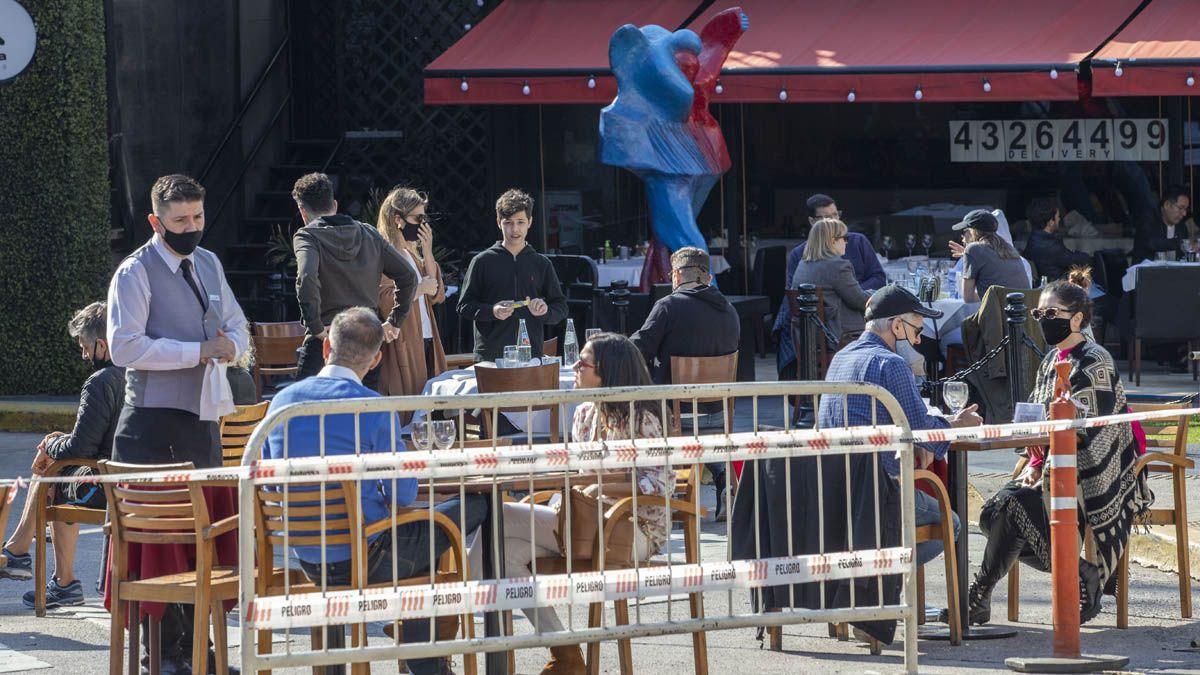 Fernán Quirós defendió la reapertura de bares en la Ciudad de Buenos Aires.