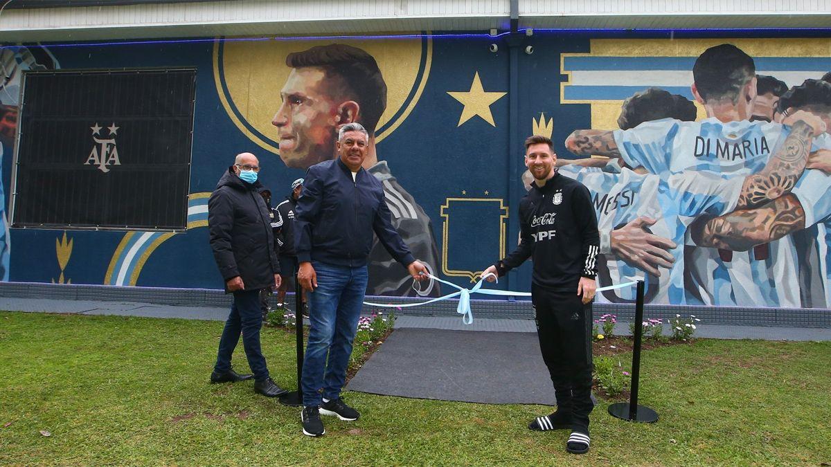 El mural en homenaje a los campeones de la Copa América.
