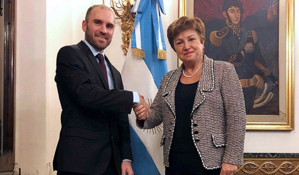 Guzmán agradeció el respaldo del FMI luego del anuncio de medidas.