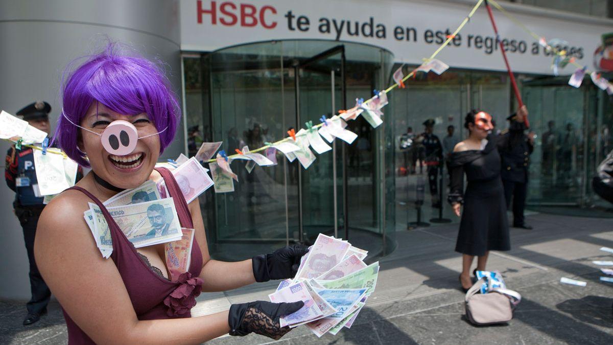 Protestas de activistas contra el lavado de dinero de HSBC.