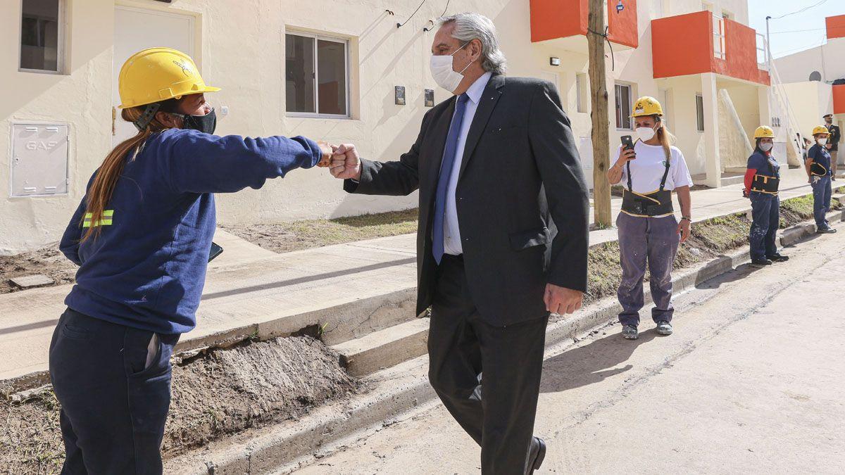 El presidente Alberto Fernández adjudicó 48 casas.