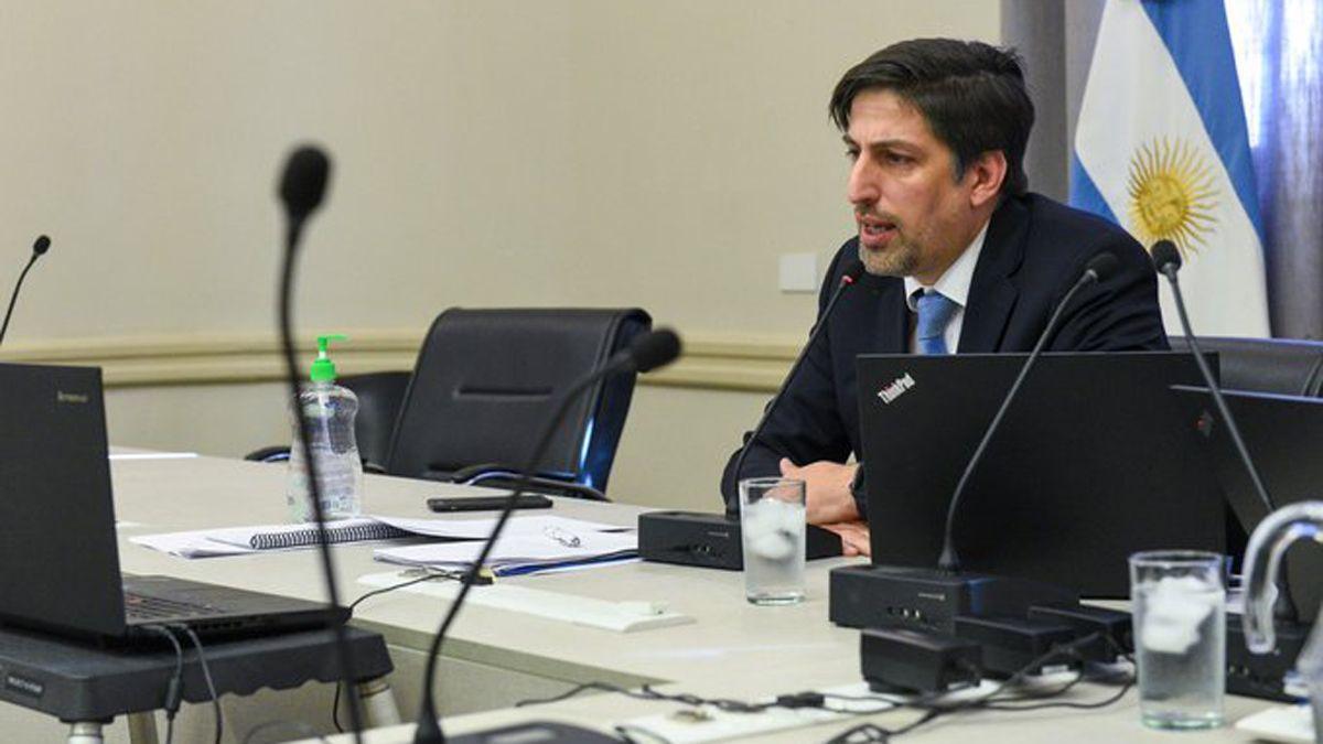 El ministro Trotta afirmó que la escuela no es un espacio con riesgo de contagios.