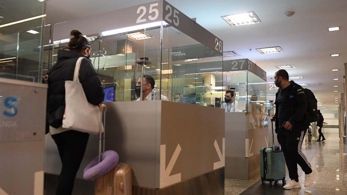 Desde Migraciones instan a las provincias a profundizar los controles de los viajeros.
