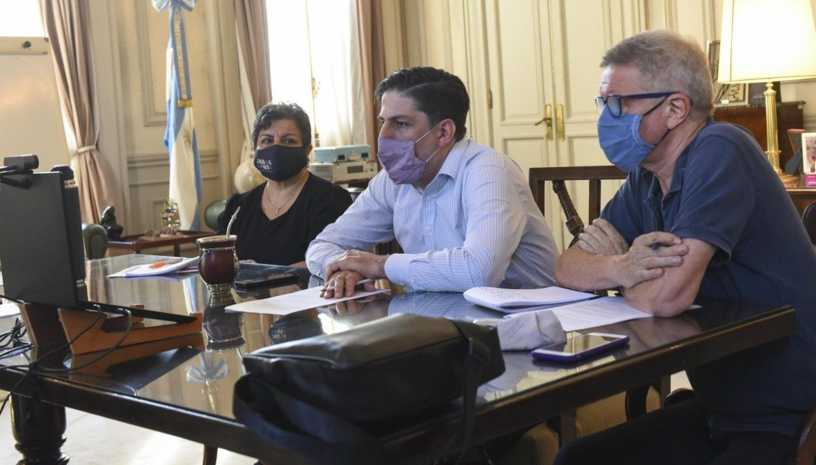 Nicolás Trotta en la reunión con los titulares de las carteras educativas de las provincias de Buenos Aires