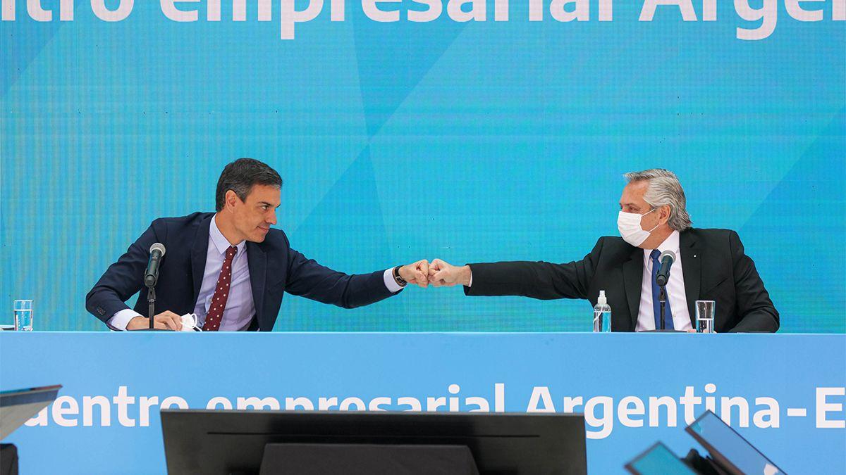 El presidente Alberto Fernández y el presidente del Gobierno de España