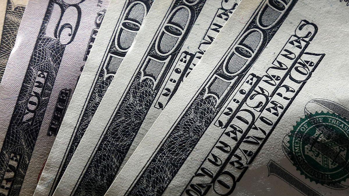 En medio de la crisis política, el dólar blue sigue en alza y alcanza el máximo del año