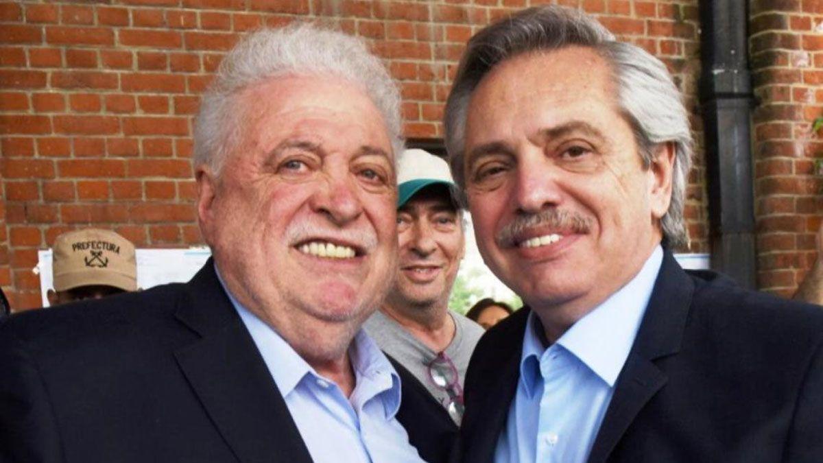 Alberto Fernández junto a Ginés González García.