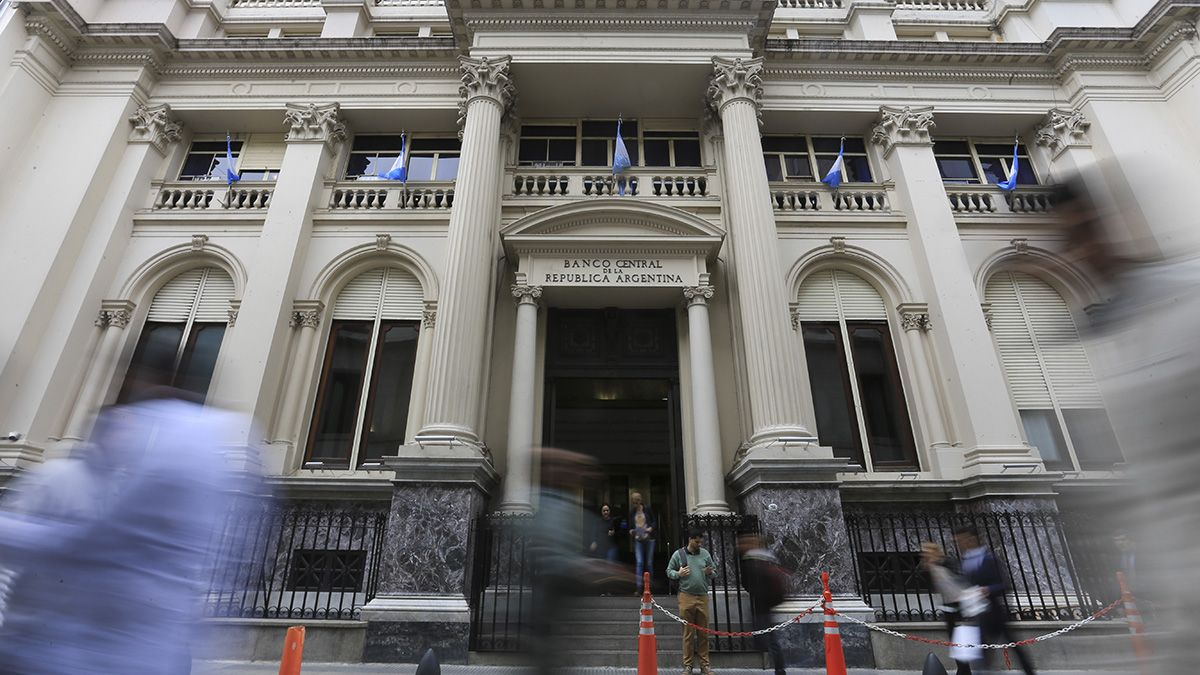 El Banco Central habilitó las transferencia en moneda extranjera