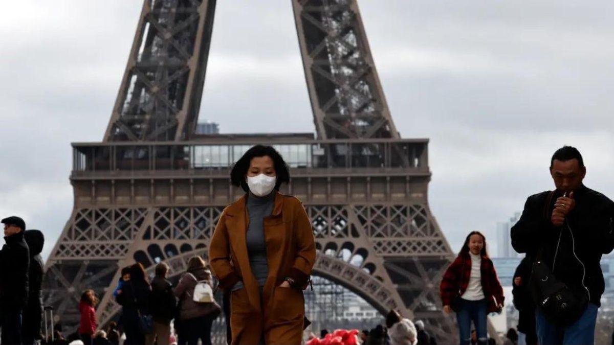 Francia promete empezar a levantar la cuarentena el 3 de mayo